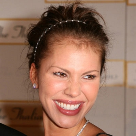 """It's unclear if Nikki Cox did this to herself as part of losing a bet in """"Las Vegas."""""""