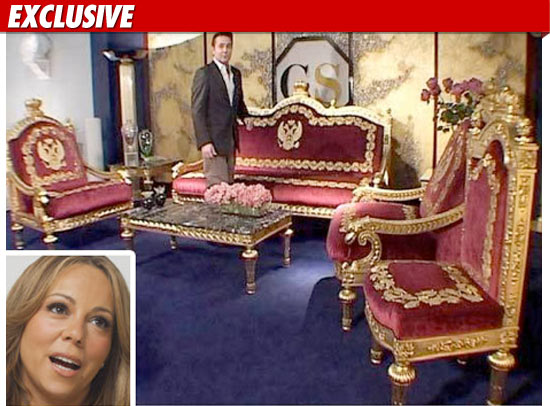 Mariah Sent Her Interior Designer Kenneth Bordewick To The Event Held By Julien S Auctions In Las Vegas On Friday We Re Told Sofa Ended Up Going For
