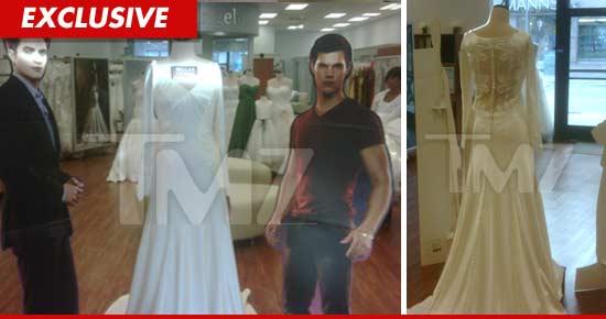 Twilight\' Fans Fake Engagements to Try on Bella Wedding Dress   TMZ.com