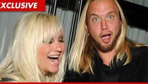 Linda Hogan Checks Into 'Relationship Rehab' with Her 23-Year-Old Manboy Charlie Hill