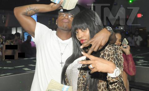 Ne-Yo -- This Strip Club Needs a Cash Carpet!