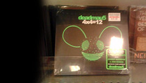 Neil Diamond -- Collateral Damage in Pauly D's War with Deadmau5