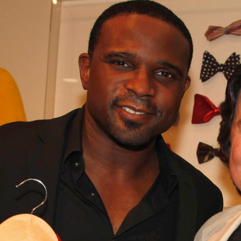 Darius McCrary loaned an outfit from Family Matters to Warner Bros. to display in the Studio's Television: Out of the Box exhibit at the Paley Center.