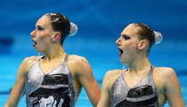 La Toya Jackson -- I'm HONORED by Russian Swimmers' MJ Tribute