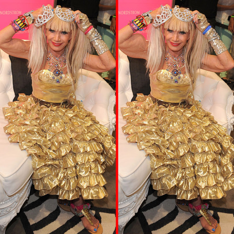 Can you spot the THREE differences in the Betsey Johnson picture?
