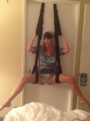 Sara Jean Underwood's Sexy Twit Pics!