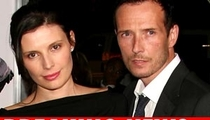 Scott Weiland's Wife Arrested for Torching Wardrobe
