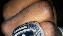 LeBron James Knuckles Up ... with CHAMPIONSHIP RING!
