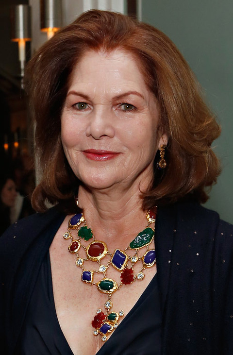 The star resurfaced at some event in NYC this week, looking fun. Chiles didn't marry until she was in her late 50s.