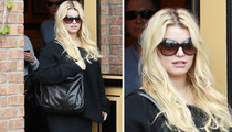 Jessica Simpson Pregnant Rumors -- Something's Fishy