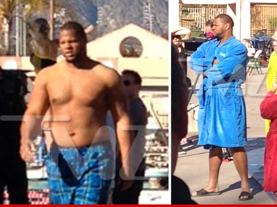 Lions' Ndamukong Suh Strips Down With Katherine Webb – CBS ...