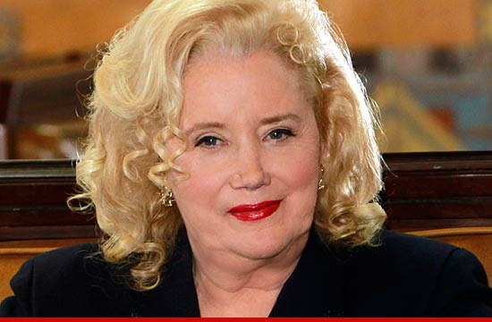 Sally kirkland actress
