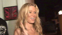 Jenna Jameson Gets Off ... Also Skates In Battery Case