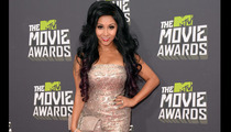 Snooki -- How Many Things in This Photo Are Fake?