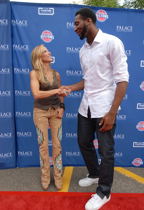 Sheryl Crow and Andre Drummond