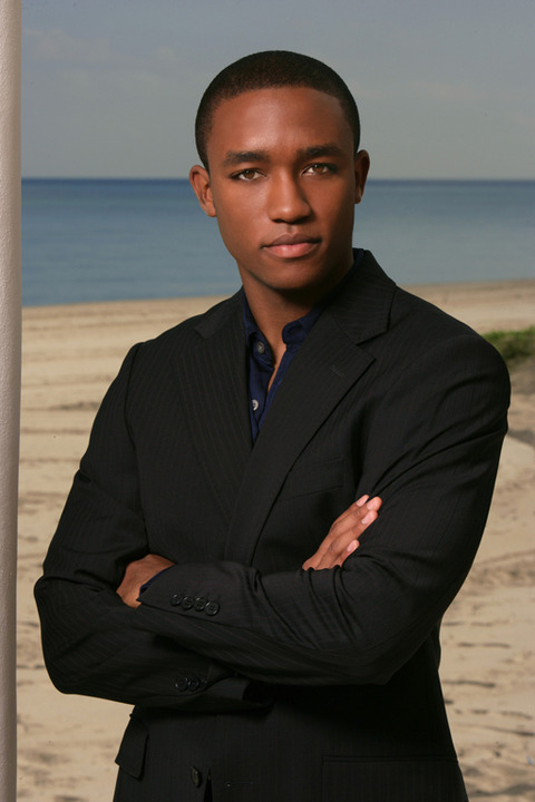 <strong>Lee Thompson Young</strong><span>has died after what officials believe is a suicide ... TMZ has learned. He was 29.</span>