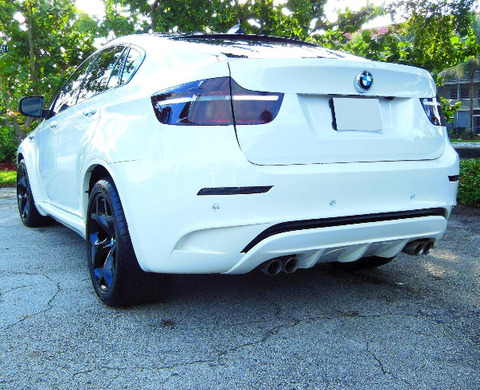 <span>Some guys give their wives diamonds when they give birth ... but</span><strong>Indianapolis Colts</strong><span>player</span><strong>Antoine Bethea</strong><span>just set the bar even higher ... lavishing his fiancee with a super pimped-out BMW.</span>