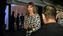 Lizzy Caplan -- I'm READY to Bring Back 'Party Down'