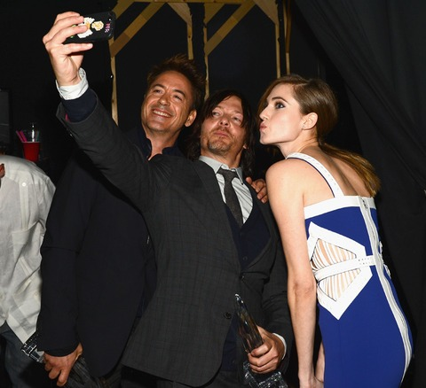 Robert Downey Jr. and Allison Williams posed for a selfie with Norman Reedus!