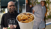 DJ Big Boy -- Loving Chicken Is NOT a Stereotype ... 'Cause Everyone Loves It