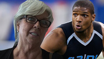 Paula Deen -- I'm Just Like That Gay Black Football Player