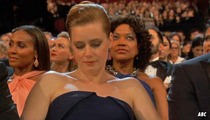 Amy Adams -- Phone Break During Academy Awards ... This Show's a Drag