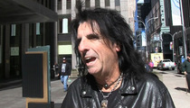 Alice Cooper -- I 'Really Considered' Becoming a Pro Golfer