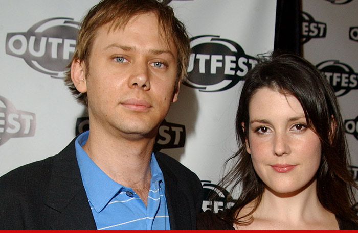 Who Is Melanie Lynskey Is She Engaged Or Dating Anyone How Much Is