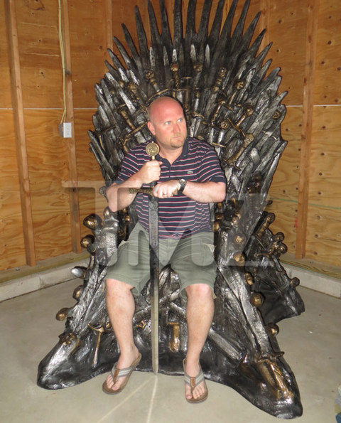 "<span>A man's home is his castle ... even if the castle is a New Jersey apartment that's too small to accommodate a life-size replica of the ""</span><span>Game of Thrones</span><span>"" throne.</span>"