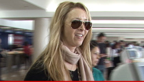 Lisa Kudrow -- Dodges Bullet on Jury Duty