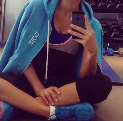 Guess whose sexy workout selfie!