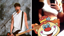 5 Seconds of Summer -- Bassist Calum Hood Shows Off 5 Seconds of Dong