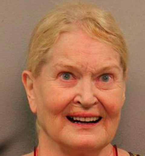 Grammy winner Lynn Anderson -- who had a string of hits in the 70s and 80s -- was arrested for DUI after a car accident in Nashville.  According to cops ... Anderson said she'd mixed alcohol and Rx meds before crashing her car.