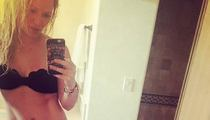 Hilary Duff -- Hot Bikini Selfie ... Divorce Does a Body Good
