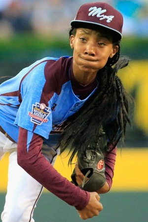 Mo'ne Davis -- On The Field