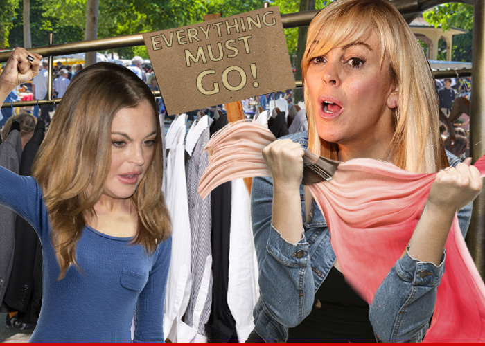 Lindsay lohan dina 39 s selling all my stuff threatens for Tmz tour new york city