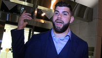 NFL's Justin Pugh -- Hey Rookies ... DON'T BLOW YOUR MONEY!!