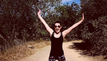 20 Lea Michele Hiking Photos To Make You Feel Bad About Your Long Weekend Plans