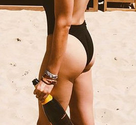 Guess the beach buns!