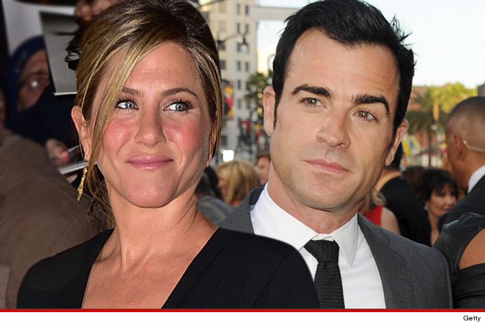 Jennifer Aniston & Justin Theroux Wedding … A Little Chill