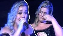 Kelly Clarkson -- I Must Confess ... I'm Knocked Up! (TMZ TV)