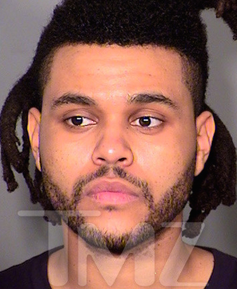 R&B singer The Weeknd was in Las Vegas ... after he was accused of punching a cop. We're told cops attempted to break up the fight, and one of them pulled the singer into an elevator during the scuffle. That's when Weeknd allegedly punched him in the head.