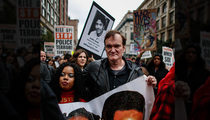 Quentin Tarantino -- Fires Up Rally Against Police Brutality (VIDEO)