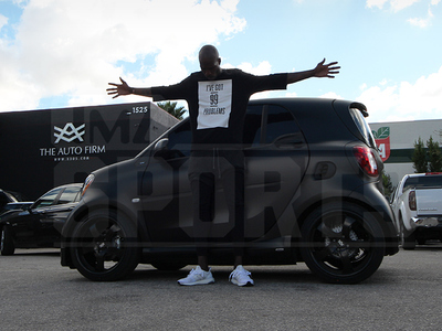 Chad Johnson -- Environmentally Safe Swag ... Drops 25k To Pimp Smart Car