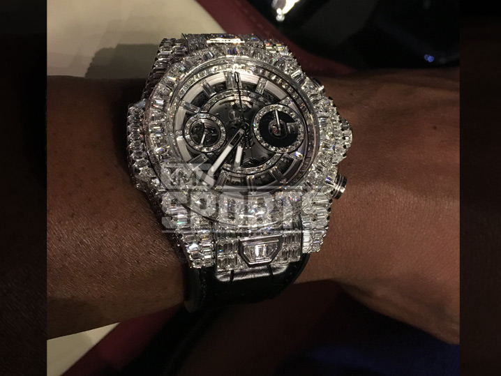pacquiao mayweather hublot floyd logo wears wear watches fight during ablogtowatch watch