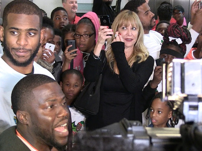 Chris Paul & Kevin Hart -- Send 300 Kids On Toy Spree ... But There's One Big Rule!