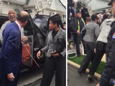 Bill Cosby -- Stumbles on His Way Into Court (VIDEO)