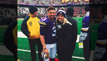 Blair Walsh's GF -- DEFENDS KICKER ... 'He Scored Every Point'