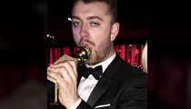 Sam Smith -- My Golden Globe Gives Me Great Pleasure (PHOTO)