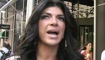 Teresa Giudice -- Sweet Talks Cop To Avoid Probation Violation